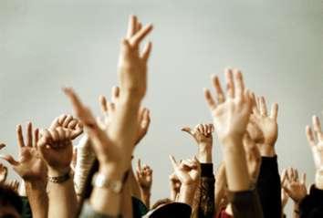 hands-worshiping