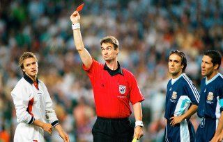 1998-david-beckham-red-card-vs-argentina.jpg